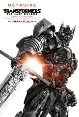 Transformers : The Last Knight: The Last Knight fait voler en éclats les mythes essentiels de la franchise Transformers, et redéfinit ce que signifie être un héros.