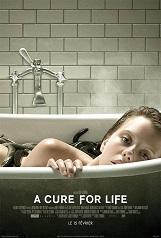A Cure for Life (à partir de 16 ans): Lockhart, jeune cadre ambitieux, est lancé sur la trace de son patron disparu dans un mystérieux centre de bien-être en Suisse.