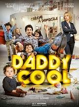 Daddy Cool: Adrien, 40 ans et totalement immature, se fait larguer par Maude, 35 ans, désireuse d'enfin fonder une famille.