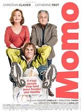 Momo: Un soir, en rentrant chez eux, Monsieur et Madame Prioux découvrent avec stupéfaction qu'un certain Patrick s'est installé chez eux.