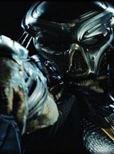 The Predator: Les pires prédateurs de l'univers sont maintenant plus forts et plus intelligents que jamais, ils se sont génétiquement perfectionnés grâce à l'ADN d'autres espèces.